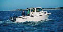 2000 Parker 2320 Sport Cabin
