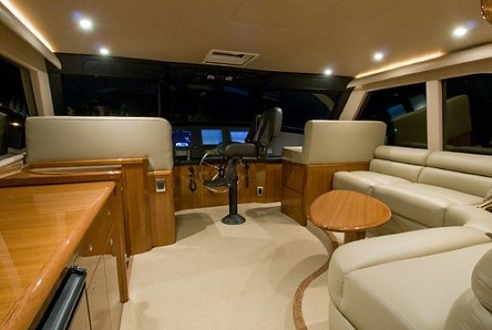 2008 Viking Enclosed - Flybridge