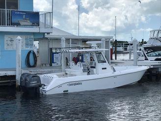 2021 Everglades 295 CC