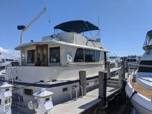 1984 Hatteras 53 Extended Deckhouse Motor Yacht