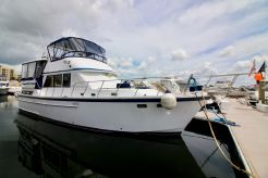 1990 Jefferson 42 Sundeck Motor Yacht