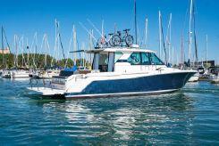 2017 Tiara Yachts Q44