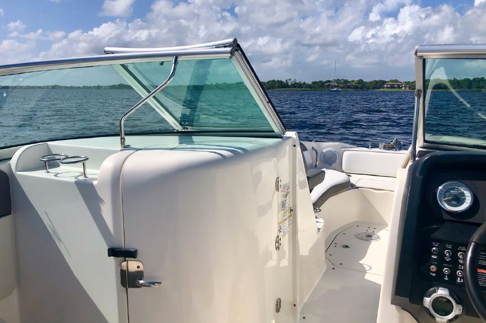 2011 Sea Ray 300 Sundeck