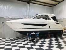 2020 Sea Ray Sundancer 350 Coupe