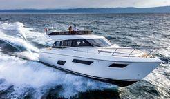 2017 Ferretti Yachts 450