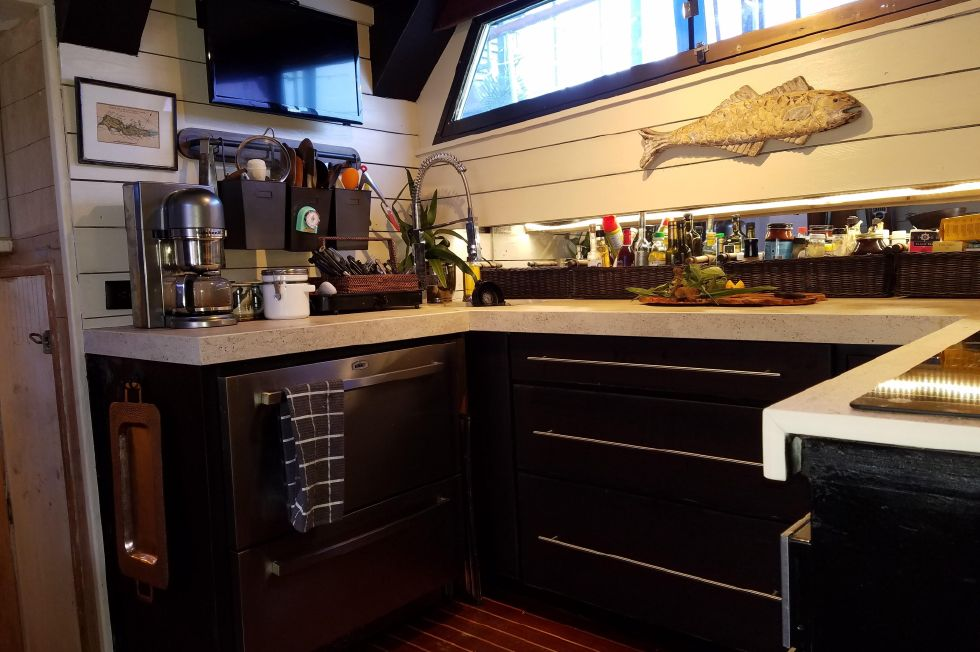 1977 Hatteras 53 Classic - Galley aft