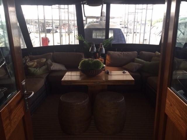1977 Hatteras 53 Classic - Aft dining area