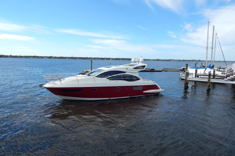 2012 Azimut 40S - Fresh Detail