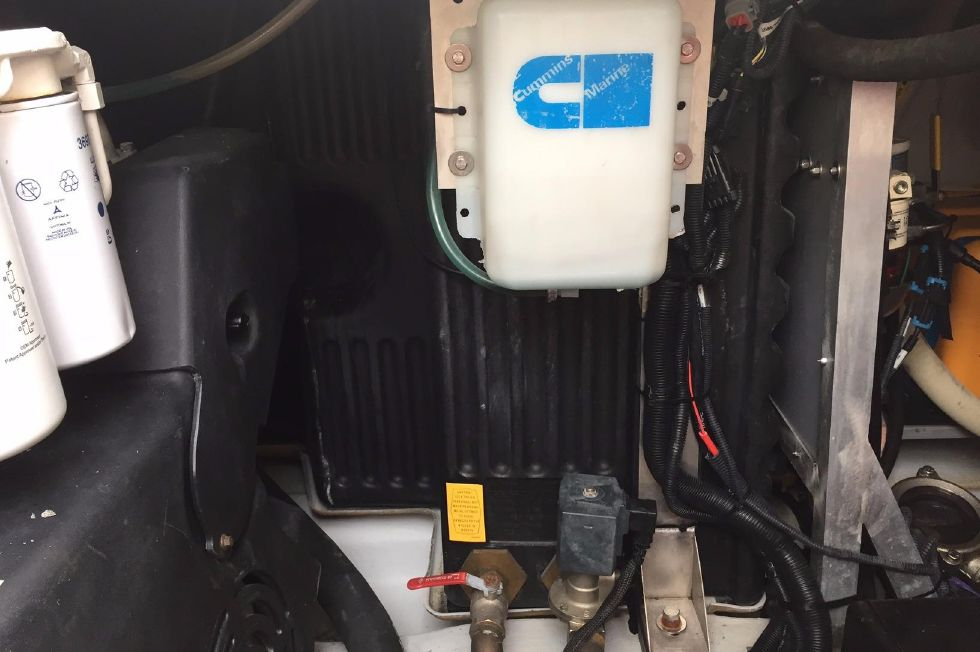 2012 Azimut 40S - Engine Room III