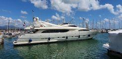 2003 Ferretti Yachts 112