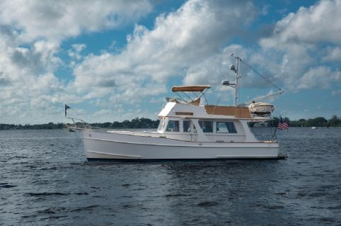 2004 Grand Banks Europa - Port Profile