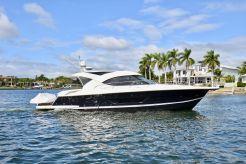 2015 Riviera 44 Sport Yacht