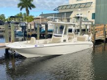 2020 Boston Whaler 270 Dauntless
