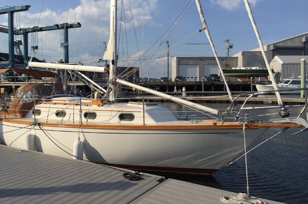 1984 Cape Dory 31 Cutter Boats for Sale - DiMillo's Yacht Sales