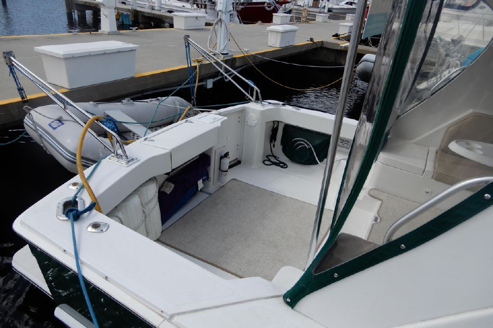 Mainship 34 Pilot cockpit with carpet