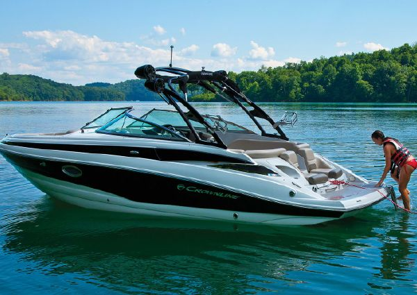 Crownline 255 SS image