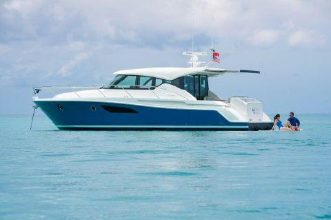 2018 Tiara Yachts 44 Coupe