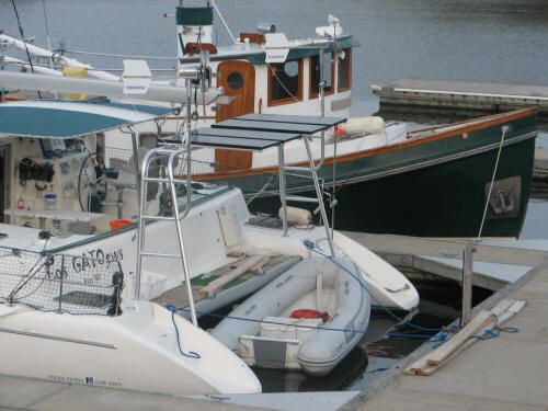 1998 Voyage 430 Owner's Version - Stern with custom power arch