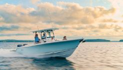 2021 Sea Hunt Ultra 305 SE