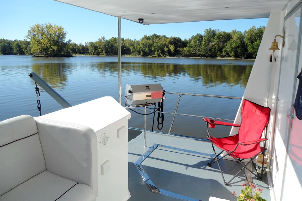 Flybridge Power Catamaran Protected Aft Deck