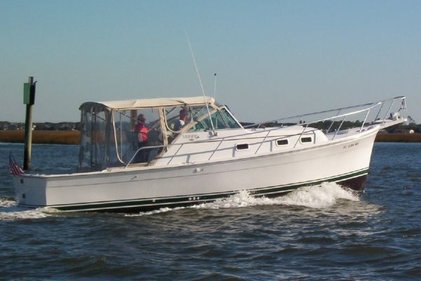 2000 Mainship Pilot 30 Boats for Sale - Edwards Yacht Sales