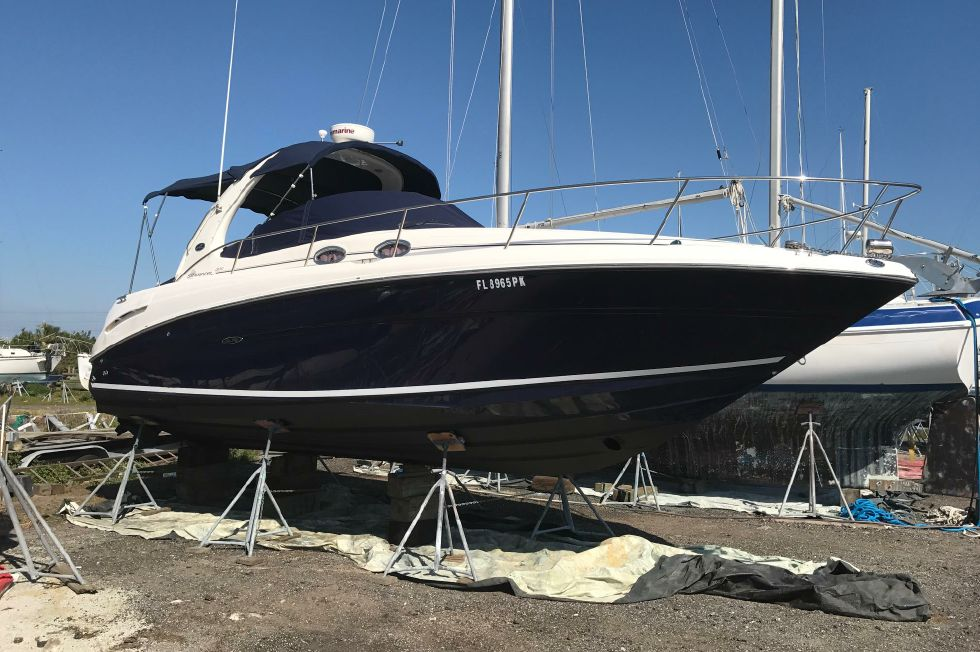 Sea Ray 300 Sundancer Buff 'n Waxed March 2017