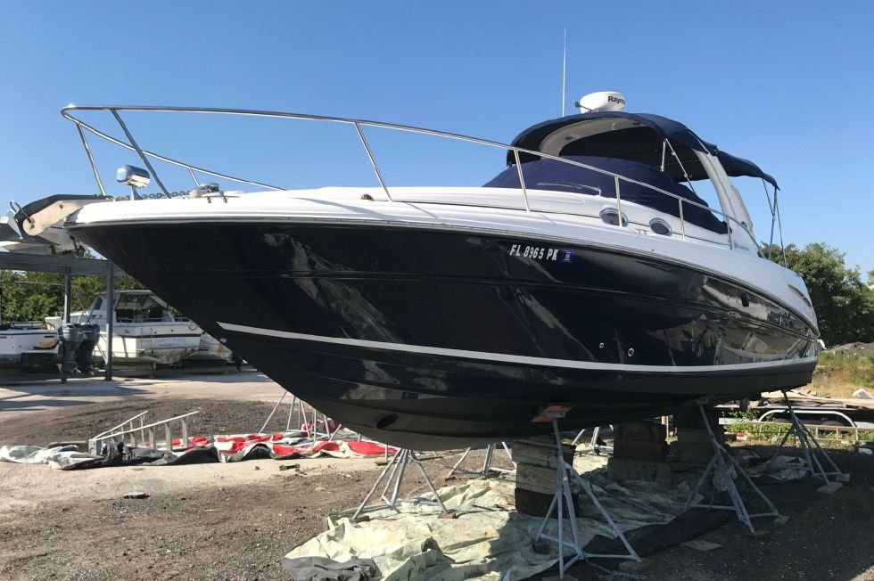 Sea Ray 300 Sundancer Waxed