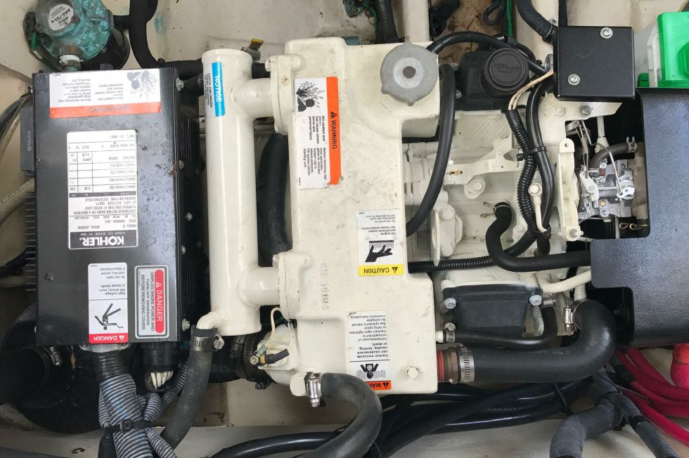 Sea Ray 300 Koehler Genset