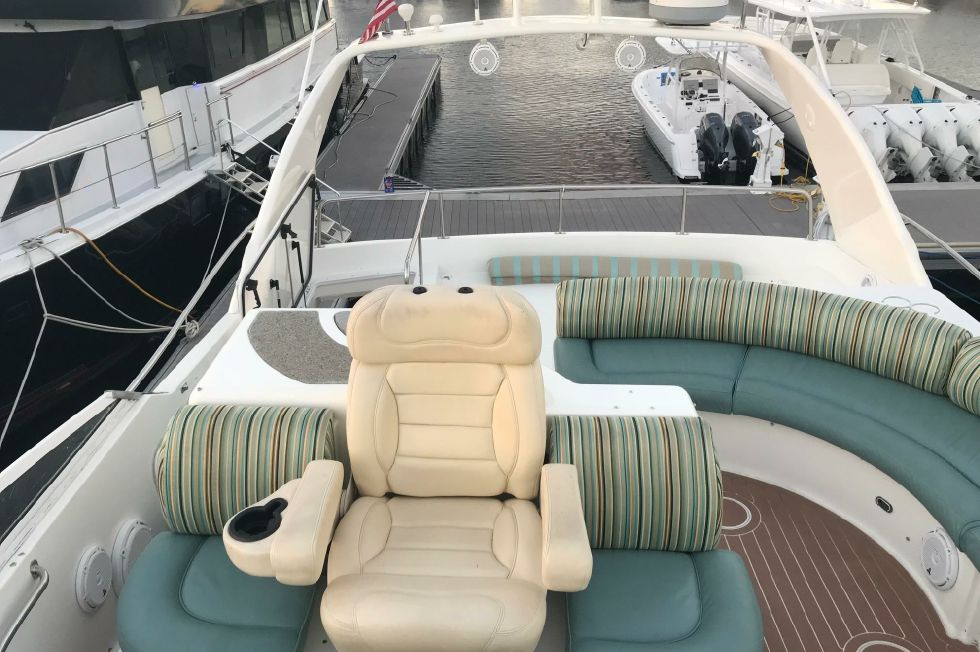 2001 Cruisers Yachts 5000 Sedan Sport 50 Boats for Sale - All