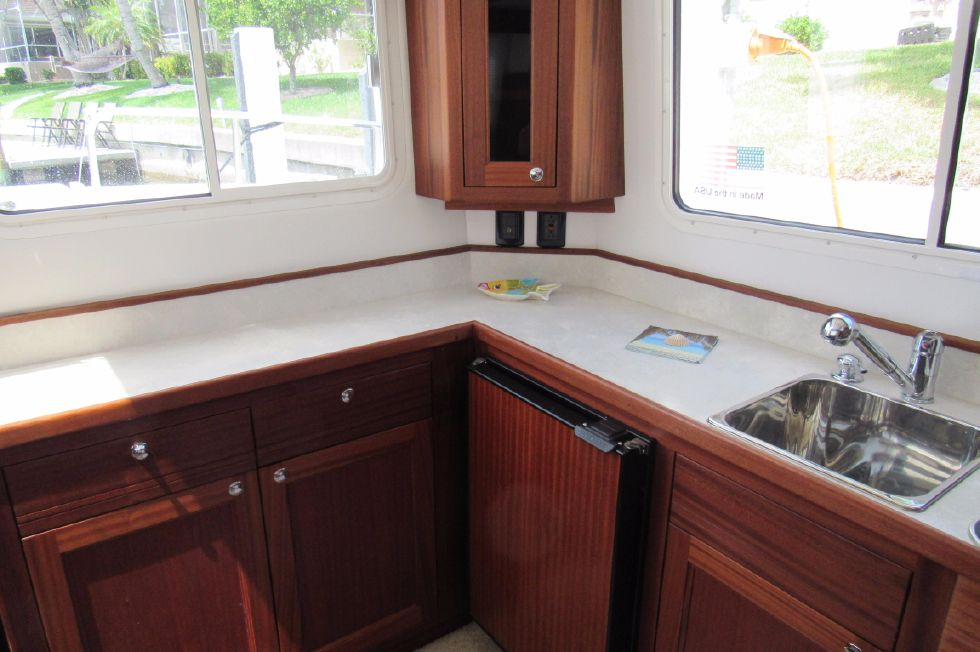 2014 Nordic Tugs 34 - Wonderful Counter Space