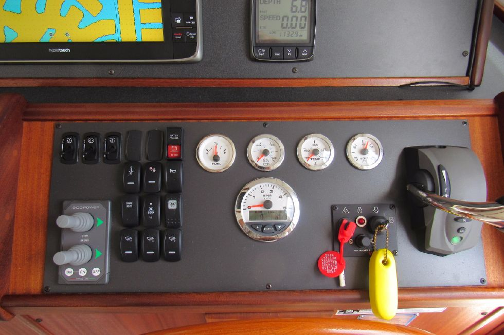 2014 Nordic Tugs 34 - Electronic Shift