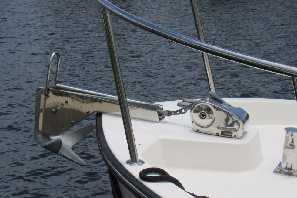 2014 Nordic Tugs 34 - Windless and Anchor