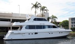 1999 Lazzara Yachts Skylounge Grand Salon