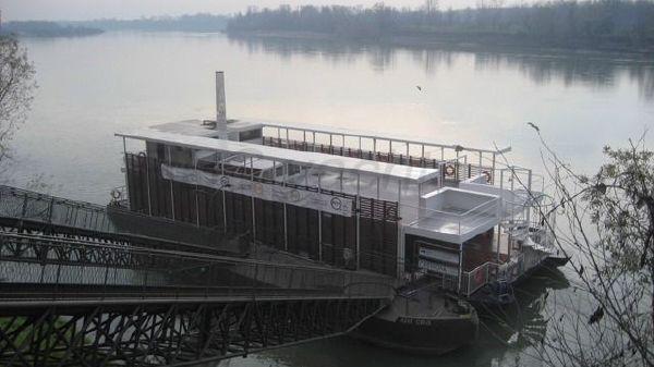 Custom Floating Restaurant