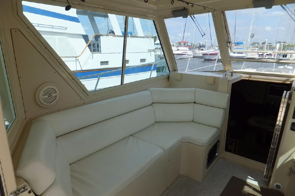Albin 31 TE Pilothouse 3