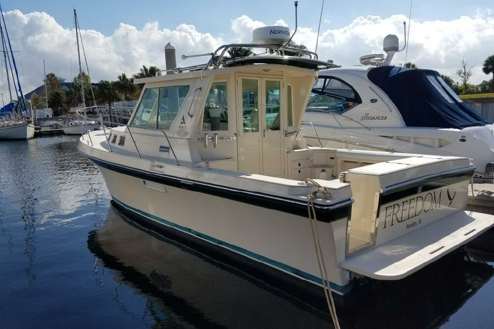 2004 Albin 31 Tournament Express 31 Boats for Sale - Edwards