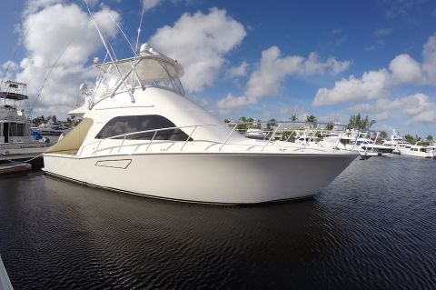 2004 Cabo Sport Fish