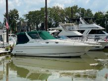 1997 Wellcraft 32 MARTINIQUE