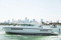 2017 Delta Powerboats 54 Carbon