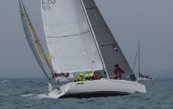 2006 J Boats J 100