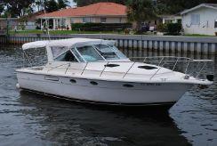 1997 Tiara Yachts 3100 Open