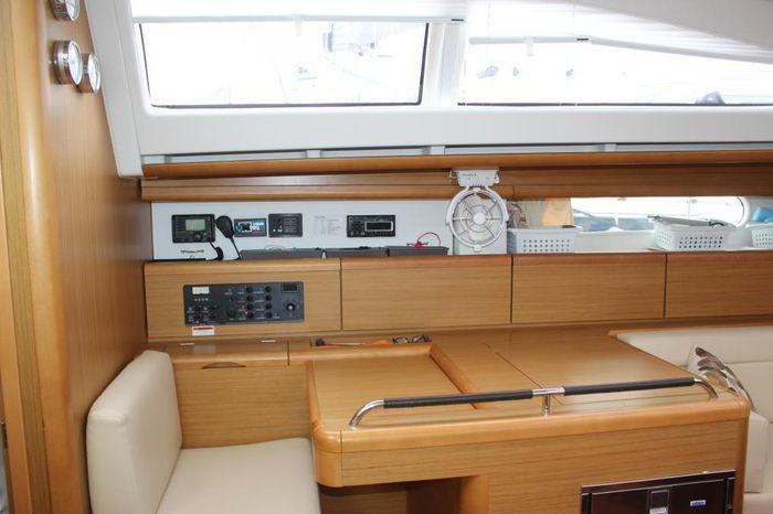 2009 Jeanneau BoatsalesListing Rhode Island