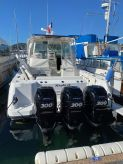 2008 Boston Whaler 345 Conquest.