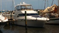 2004 Sea Ray 560 Sedan Bridge