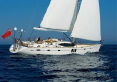 2011 Oyster 625