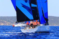 2016 Solaris 42 Race