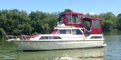 Marinette 39 Double Cabin Flybridge