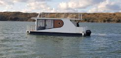 2021 Custom Houseboat Apollo 100