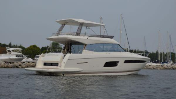 Prestige 560 Flybridge 2018 Prestige 560 Fly Bridge With Hard Top / Sistership Photo