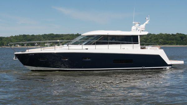 Sealine C48 Port Profile